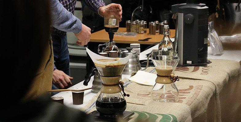 Kawa jest niesmaczna. Przyjaciele Kawy