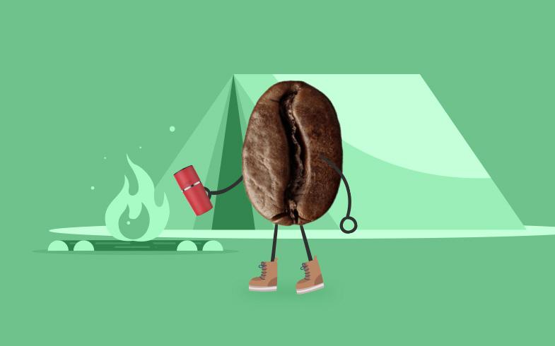 Przyjaciółka na biwaku – świeżo zaparzona kawa
